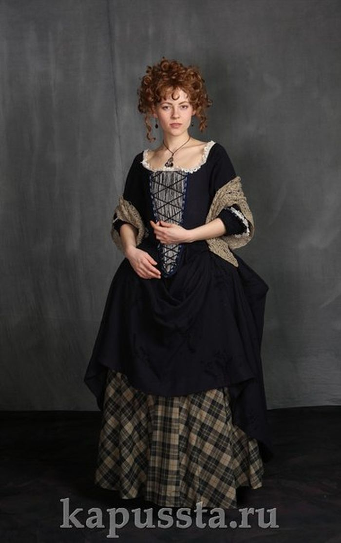 Scottish medieval women's costume