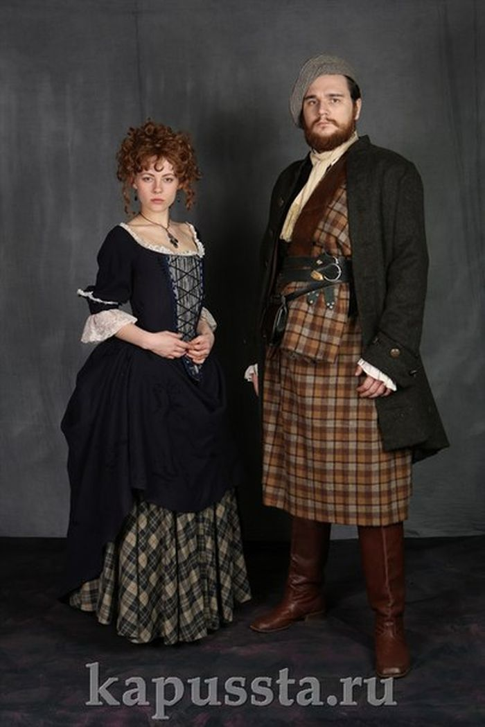 Scottish medieval costumes