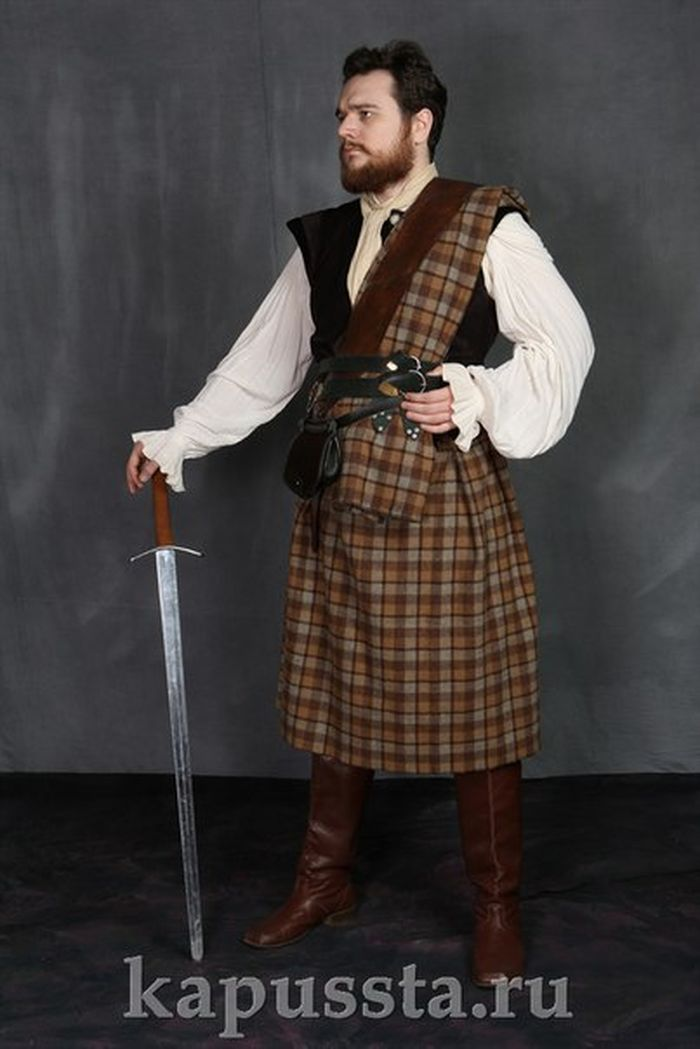 Scottish medieval men's costume