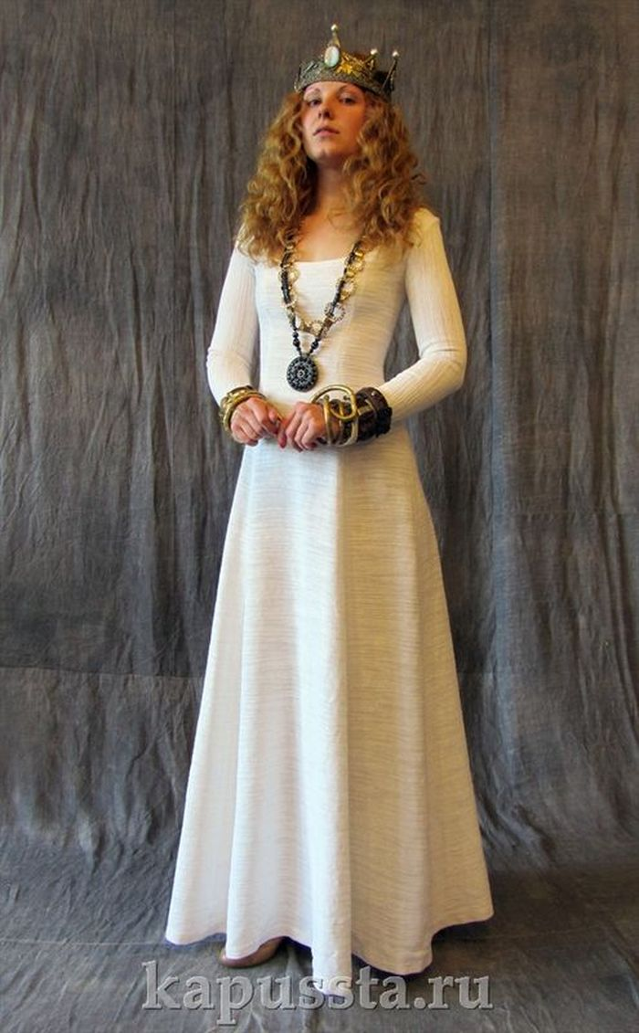 Light dress with pendant
