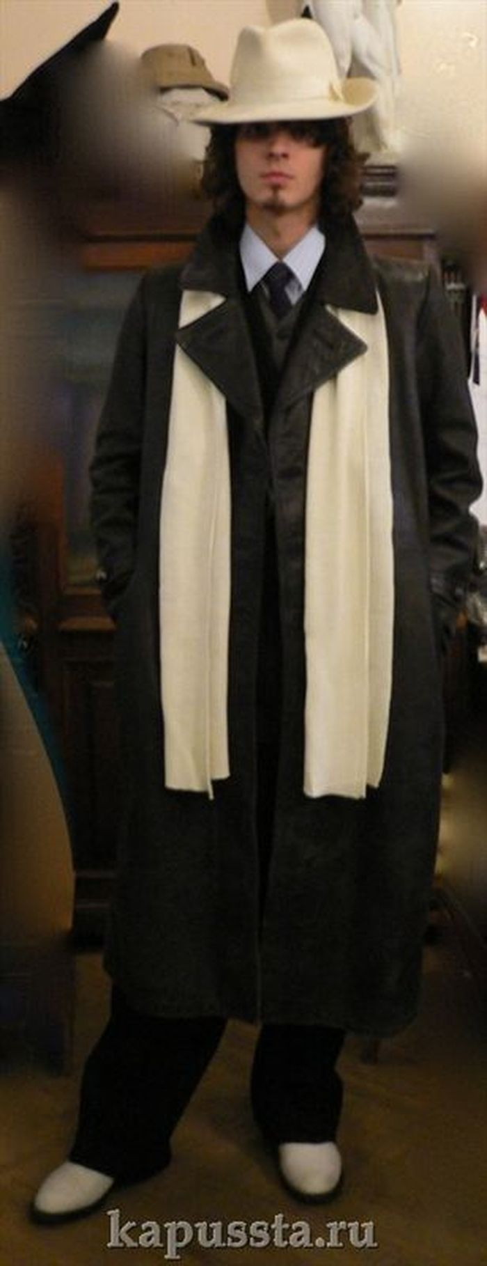 Leather coat with white gangster hat