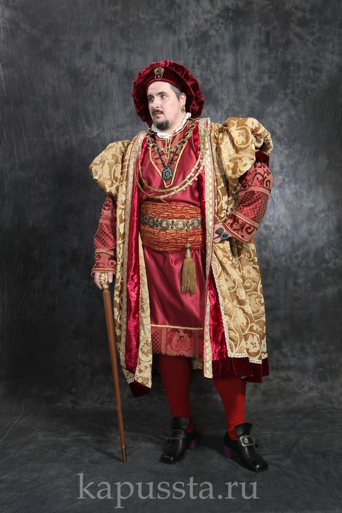 Renaissance costume with gold cape