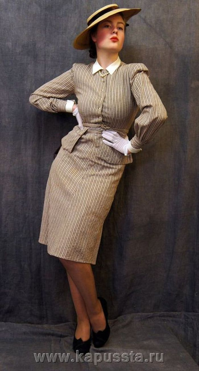 Women's costume in the style of the forties